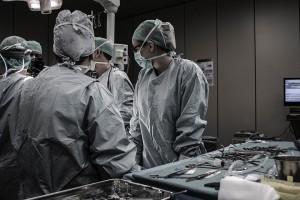 ניתוח פלסטי למתיחת פנים